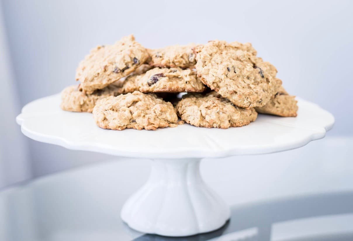 Healthier Homemade Oatmeal Raisin Cookies